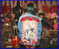 Jacket Virgin Mary with roses